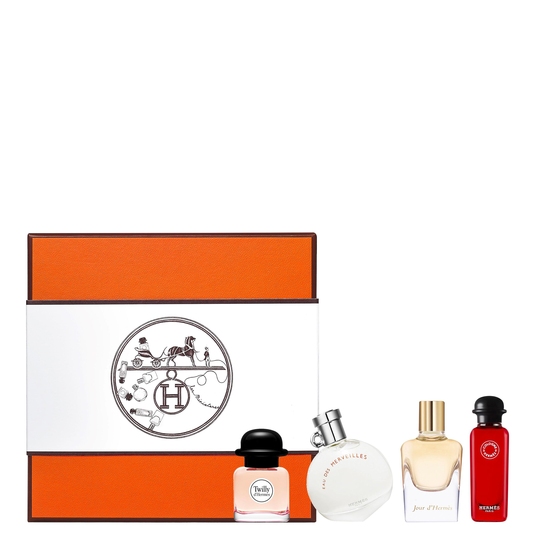 Twilly d'Hermes、橘彩星光(Eau des Merveilles)、愛馬仕之光(Jour d'Hermes)、緋紅火參古龍水(Eau de rhubarbe écarlate)迷你香氛禮盒