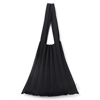 #Black / Knit Pleats Shoulder Bag